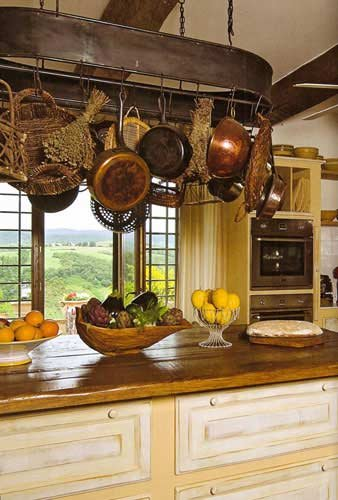 authentic-tuscan-kitchens