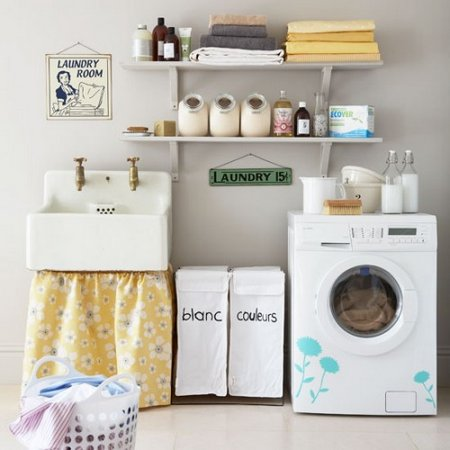 Retro-modern-efficient-laundry-room-500x500
