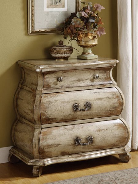 decorating with distressed furniture
