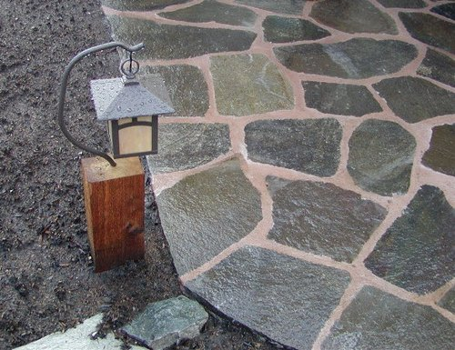 flagstone-patio-light-detail 500w