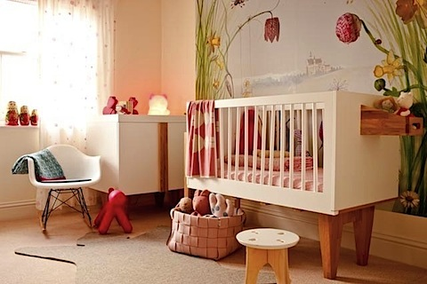 Nursery ideas for baby girls for Baby room decorating ideas uk