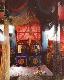 gypsy+bedroom-babylonsistersshakeit.blogspot