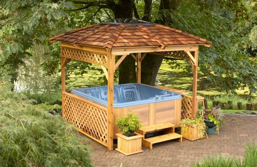 hottub-wood