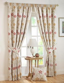 new-living-room-curtains-designs-ideas-2011-17