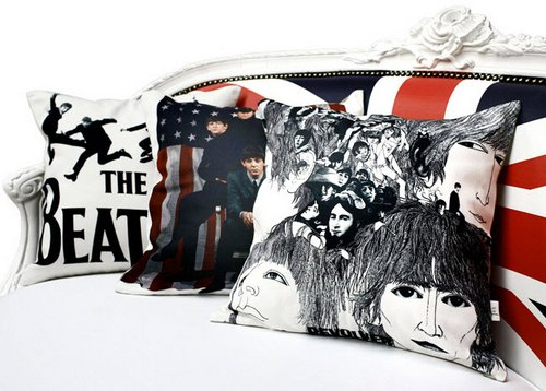 cushions-beatles