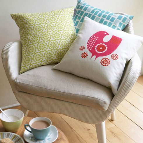 cushions pinkbird aqua windows on chair 72dpi