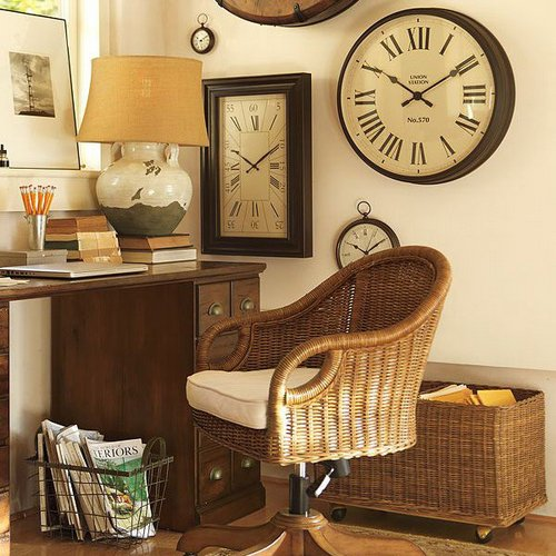large wall clock as beautiful room decoration www