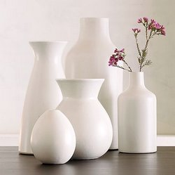 White-Modern-Vases-floor