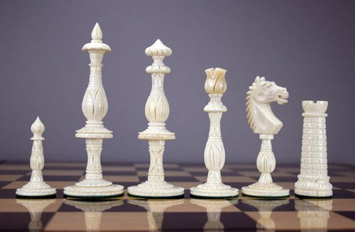 antique-chess-set