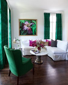 emerald-living-room2
