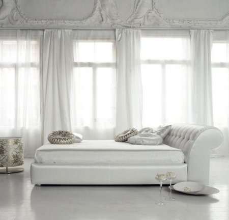 Luxury-Bedrooms-Ideas-white-bedroom