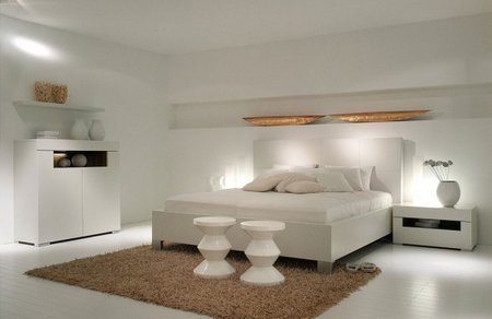 New-Modern-White-Bedroom-Furniture-Elumo-by-Huelsta-554x360