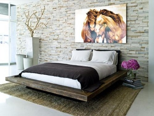 Simple-Pleasant-and-Impressive-Bedroom-Design-with-Exotic-Stone-Wall-Decoration