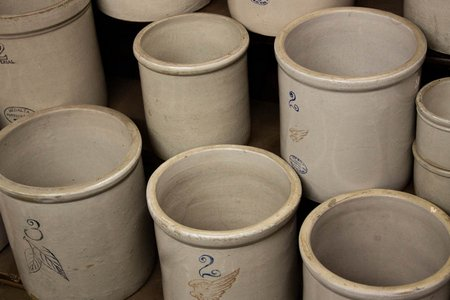 red-wing-stoneware