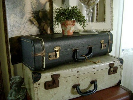 old'suitcases
