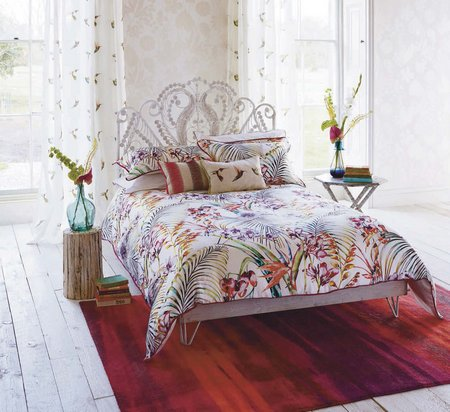 colorful-bed-sheet