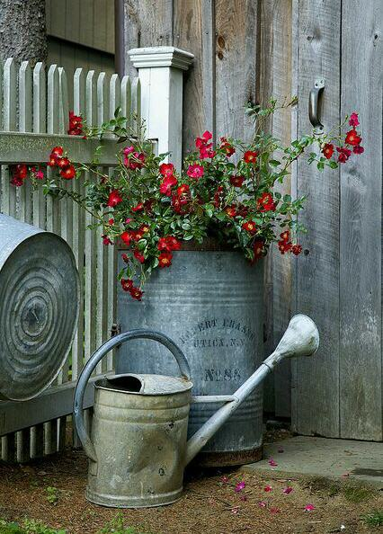Create An Unique Rustic Garden Using Found Objects Www