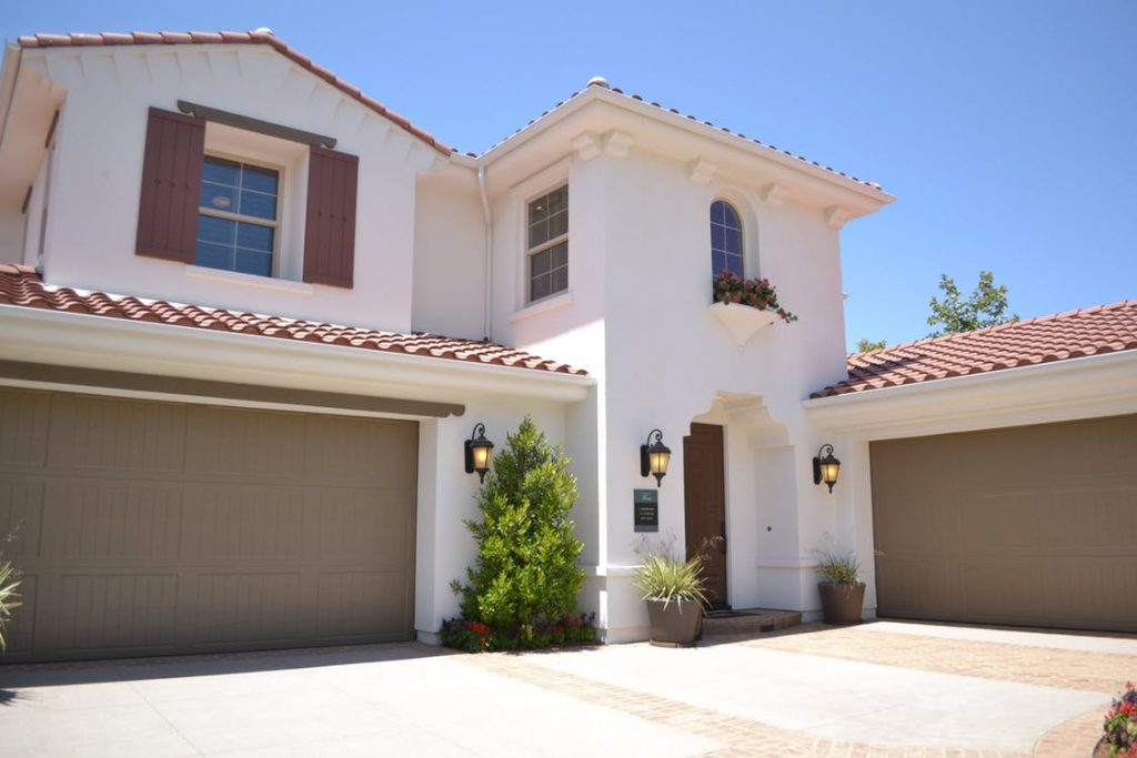 Remodeling your house garage doors will let to high resale value